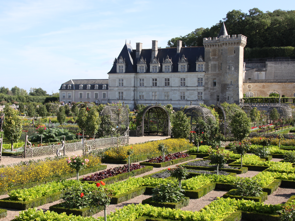 Loire Valley Day Tours And Overnight In Hotel Caux Wines Of The