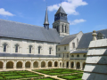 Loire Valley cycling tour from Saumur to Tours, 100 kms